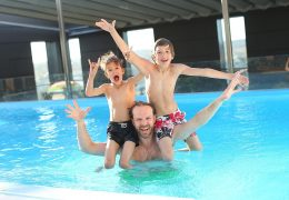 A GuideToChoosing The Right Fencing For Pools